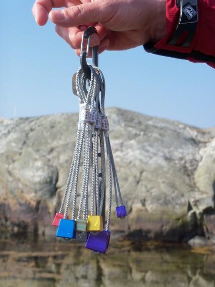 Klättringskilar och tältkilar för klipphällar och bergssprickor