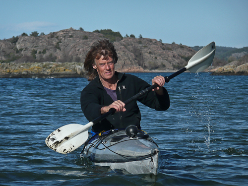 Svante Lysén i kajak. Foto: Jannike Kihlberg