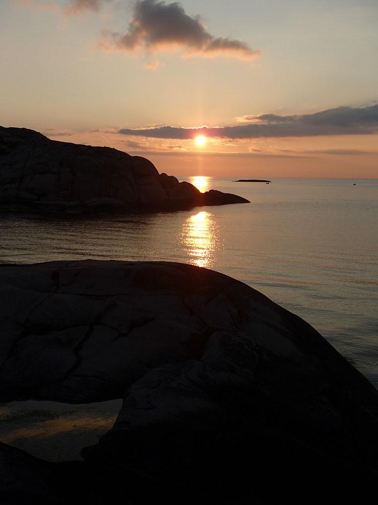 Vedholmen solnedgång Fjällbacka skärgård